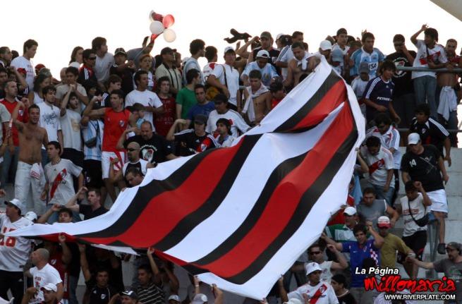 600-tricolor